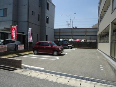 【駐車場】ARK PLACE