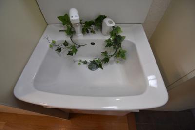 【洗面所】ユニバーサルコート