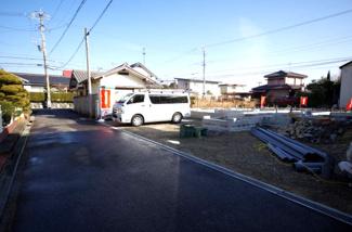 A棟 前面道路含む現地(2018年01月)撮影