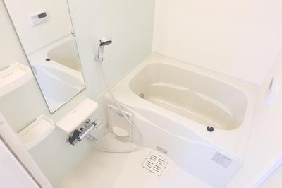【浴室】ルシェリアⅠ
