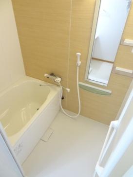 アドバンテージ稲毛の浴室