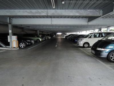 【駐車場】ヨコハマアイランドガーデン