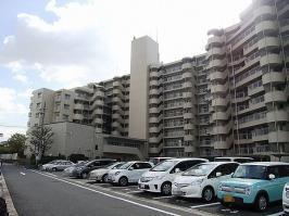 地上11階建てマンションの9階部分です♪