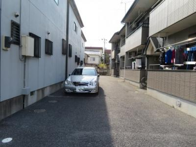 【駐車場】ガーデンフラット