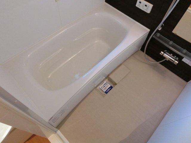 アットグレーヌ(八尾市都塚) 浴室