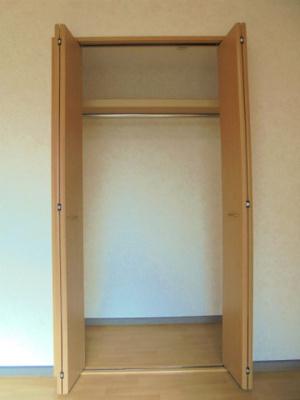 洋室4.8帖 クローゼット