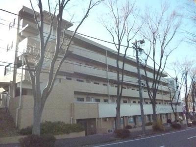 最寄りバス停より徒歩1分!便利な立地の鉄筋コンクリート造5階建てマンションです☆