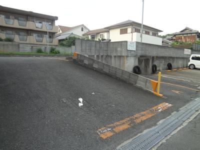 【外観】鳥居駐車場
