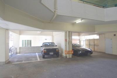 【駐車場】クリスタルメゾン