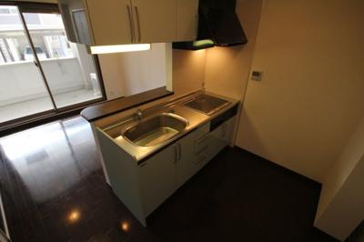 【キッチン】アルユータ六甲道