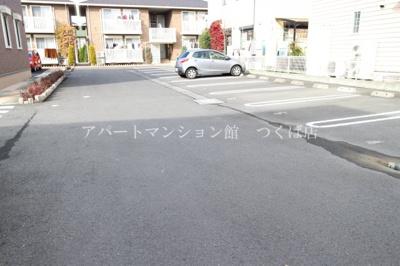 【駐車場】ソラーレつくばF棟