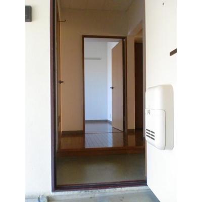 ベイコート幕張本郷の玄関