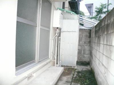 堀田ハウス ※突き当たりに洗濯機置場有  ※同タイプ別室