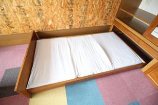 【寝室】チコレジデンス