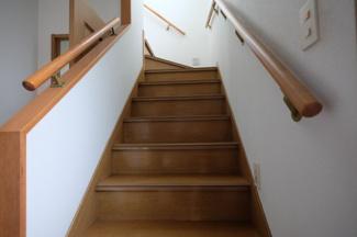 明るい階段です