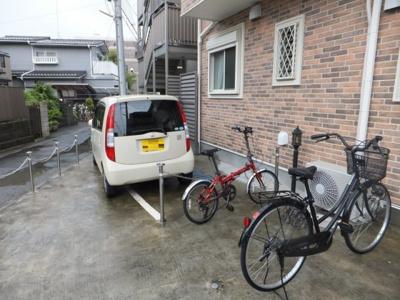 敷地内駐輪場があります!自転車はちょっとした移動手段に便利ですよね!バイク駐輪も有料にて相談可能です!お気軽にご相談ください☆