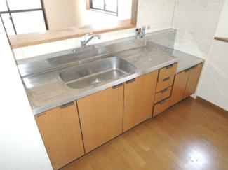 【キッチン】パークシャトー平野白鷺