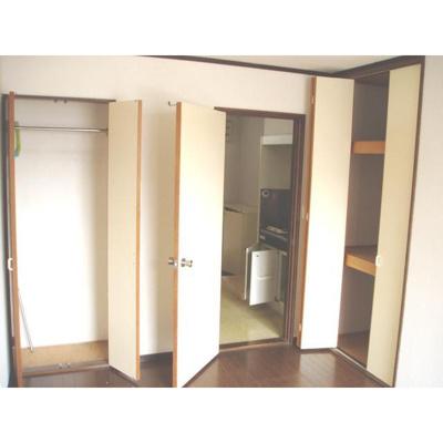 クオーレチグサの洋室