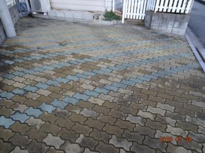 【駐車場】さいたま市南区太田窪 太陽光発電付中古輸入住宅