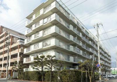 阪神青木駅より徒歩11分! 周辺にはお買い物施設が充実しています。