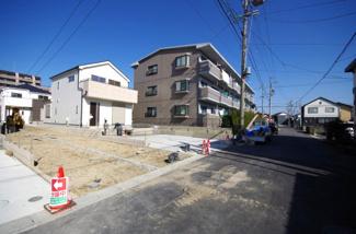4号棟 前面道路含む現地(2018年01月)撮影