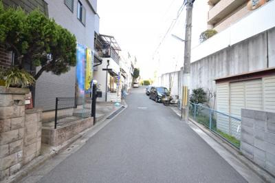 【前面道路含む現地写真】堺市西区上野芝町 一戸建