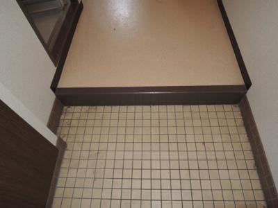 【玄関】セピアコート11 スモッティー阪急高槻店