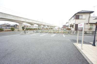 【駐車場】リビングタウン百合ヶ丘
