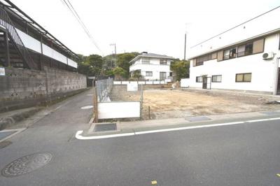 【外観】鎌倉市扇ガ谷一丁目売地(東南角地)
