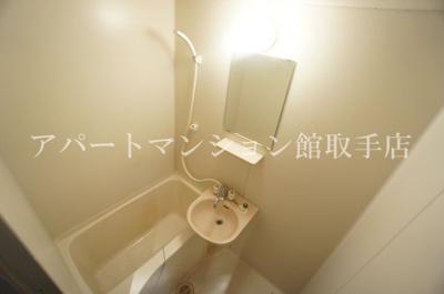 【浴室】エビハラビル