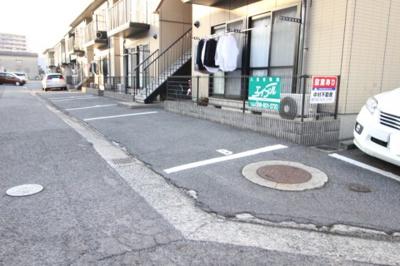 【駐車場】ハーモニー中村A