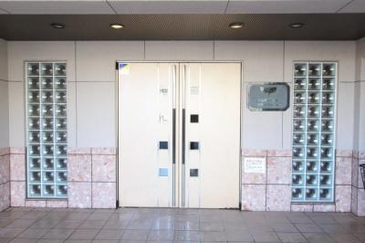エントランスです 吉川新築ナビで検索