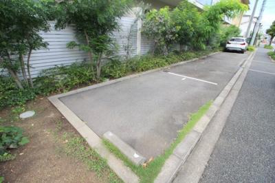 【駐車場】曽根ガーデンテラス