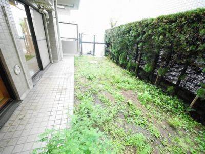 開放感あるプライベート空間の専用庭
