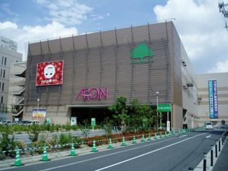 マンション前にショッピングセンター「イオン喜連瓜破駅前店」があります! 徒歩1分(約10m)