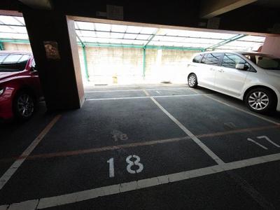 【駐車場】フラットピア88 株式会社Roots