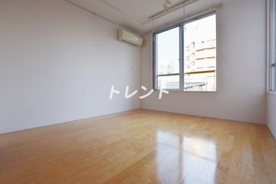 【居間・リビング】ブランシェ神楽坂【Branche神楽坂】