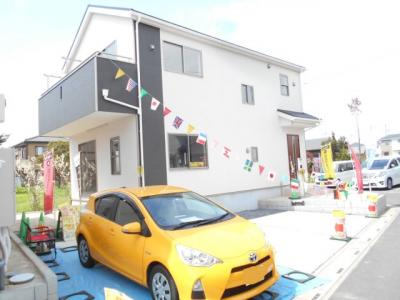 2480から2380から2180から2080から1780万円に価格変更。角地。駐車2台。畳コーナー付。4LDKとワイドバルコニー。