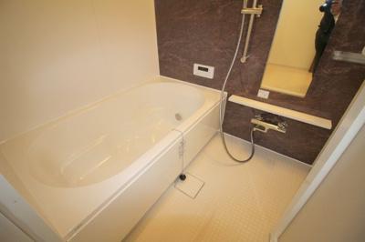【浴室】ドルフコート ヴィラ