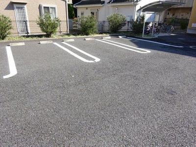 【駐車場】セレンディップハウスⅡC