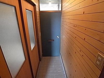 【玄関】レジデンス城の下