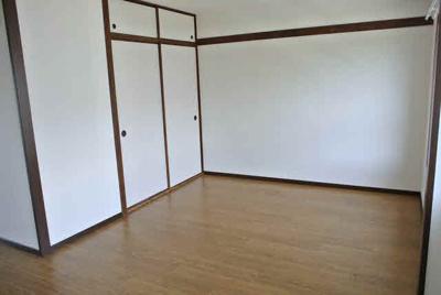 【居間・リビング】狩口台住宅21号棟