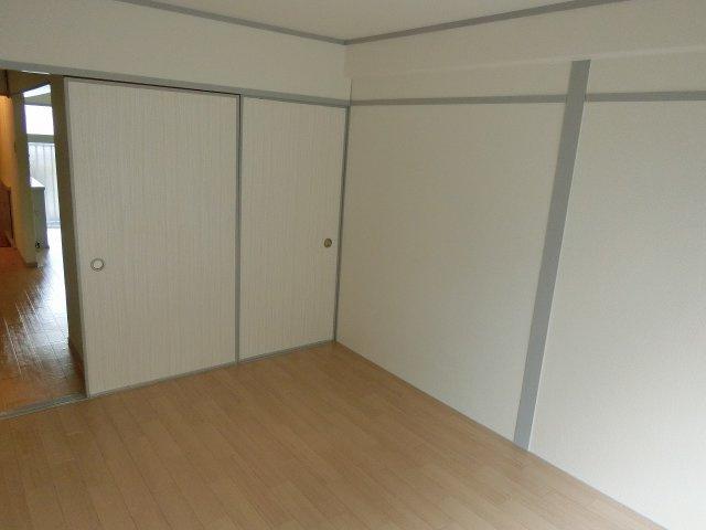 小松マンション(柏原市法善寺) 寝室