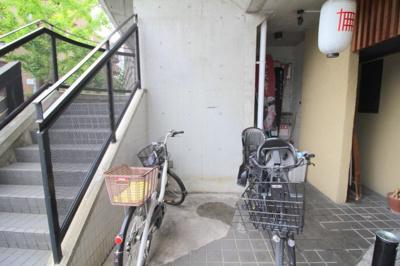 【玄関】ホワイトボックス