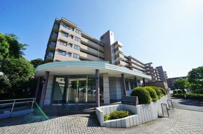 横浜西谷パーク・ホームズ 外観です。