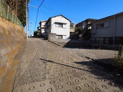 都心へのアクセス良好な、横須賀線「保土ヶ谷」駅より徒歩圏内です。