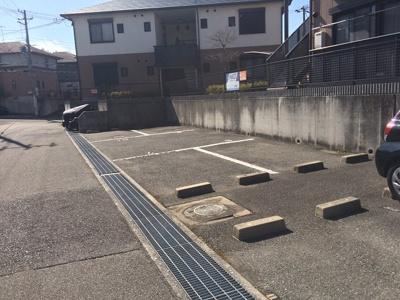 【駐車場】ディアス離宮山手B棟