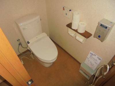 温水洗浄便座 2ヶ所