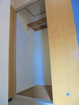 トイレ横 クローゼット