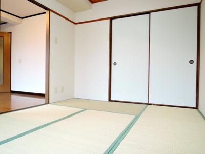 【寝室】ルピナス2番館